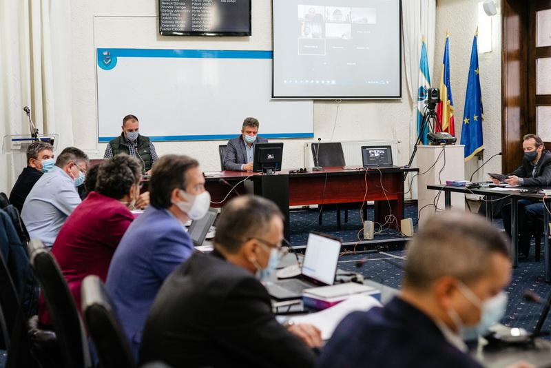 Vizualizati imaginile din articolul: D I S P O Z I Ţ I A   nr.  257 din  19  februarie 2021 privind convocarea Ședinței  ordinare a Consiliului local municipal   Târgu Mureș  din  data de  25  februarie 2021