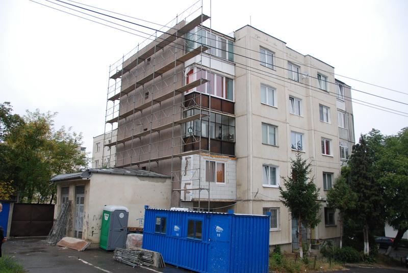 Vizualizati imaginile din articolul: Continuă programul naţional de reabilitare termică în Tîrgu-Mureş