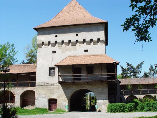 Vizualizati imaginile din articolul: Bucate, vinuri şi tradiţii în Cetatea târgumureşeană