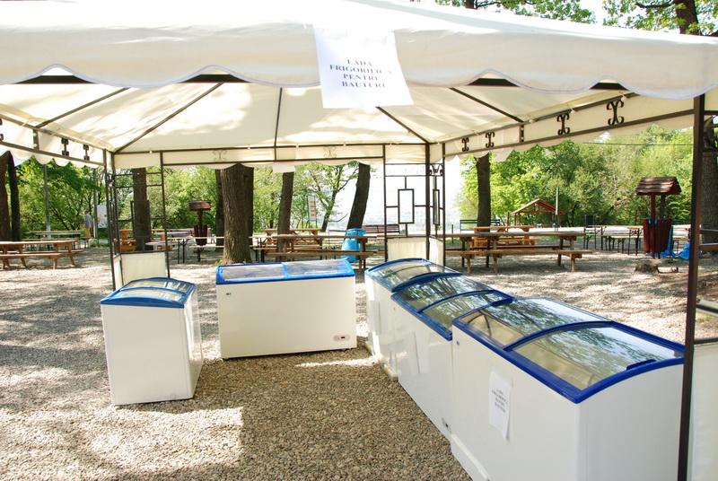 Vizualizati imaginile din articolul: Cinci frigidere la Platou!