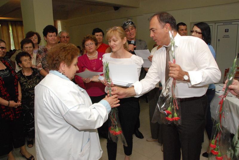Vizualizati imaginile din articolul: Din nou, împreună cu pensionarii târgumureşeni