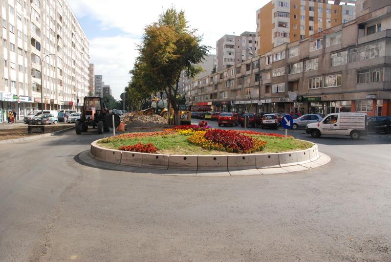 Vizualizati imaginile din articolul:    Şase sensuri giratorii noi, în Tîrgu – Mureş, în 2012