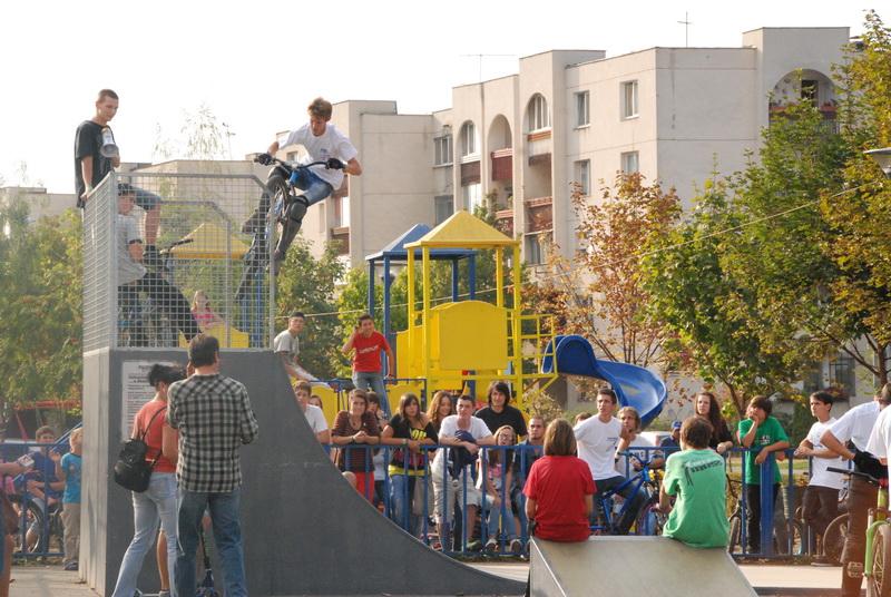 """Vizualizati imaginile din articolul: """"Săptămâna mobilităţii"""" la Tîrgu-Mureş…în plină desfăşurare"""