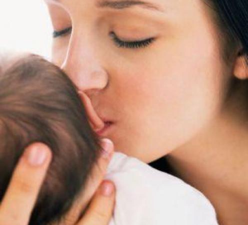 Vizualizati imaginile din articolul: A gyereknevelési szabadság és havi juttatás