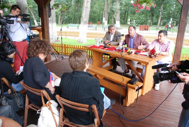 Vizualizati imaginile din articolul: A regionális projektek a helyi sajtóval közösen megvitatva