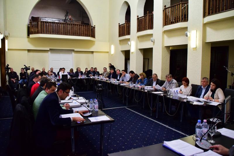 Vizualizati imaginile din articolul: D I S P O Z I Ţ I A   nr. 2.377 din   22  noiembrie  2019 privind convocarea Ședinței  ordinare a Consiliului Local al Municipiului Târgu Mureș  din  data de  28 noiembrie 2019