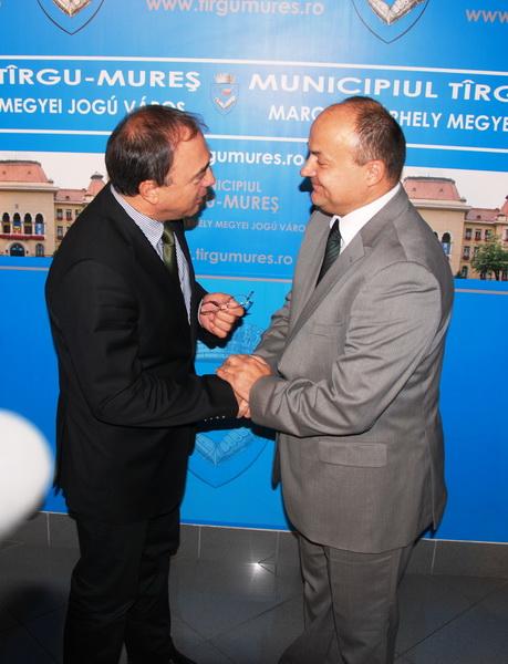 Vizualizati imaginile din articolul: Ambasadorul Bosniei şi Herţegovinei, în vizită la Primăria Tîrgu Mureş