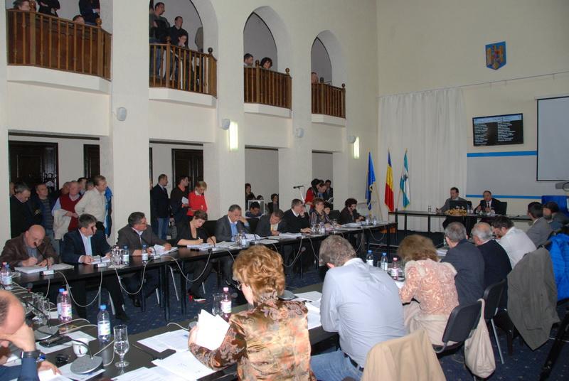 Vizualizati imaginile din articolul: Claudiu Maior a fost ales în funcţia de viceprimar al Municipiului Tîrgu Mureş