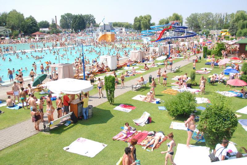 Vizualizati imaginile din articolul: Vară plină, la Weekend