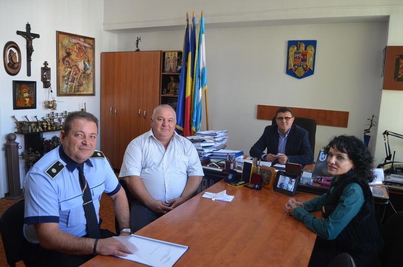 Vizualizati imaginile din articolul: Un nou schimb de experință la sediul Direcției Poliția Locală Tîrgu Mureș