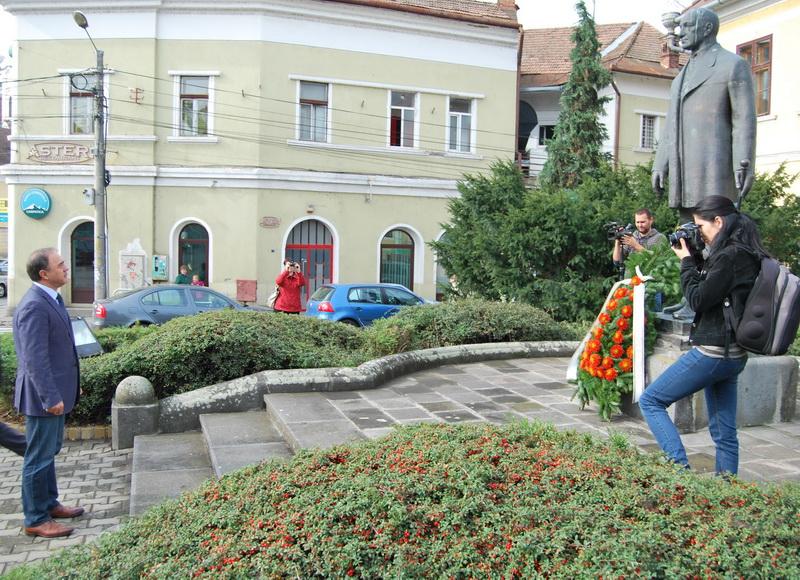 Vizualizati imaginile din articolul: In memoriam Bernády György