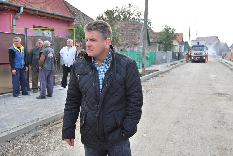 Vizualizati imaginile din articolul: Lucrări de reabilitare pe strada Benefalău