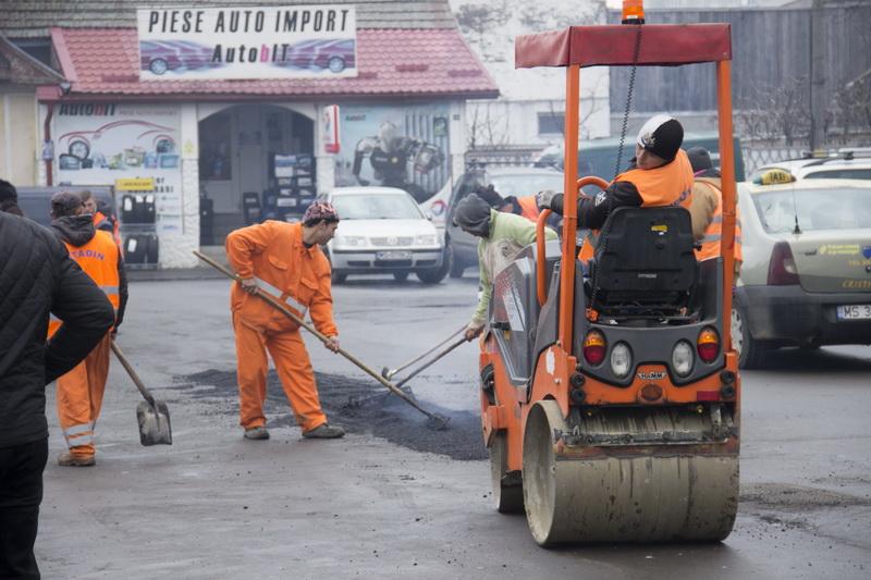 Vizualizati imaginile din articolul: Lucrări de plombare pe mai multe străzi din Tîrgu Mureş