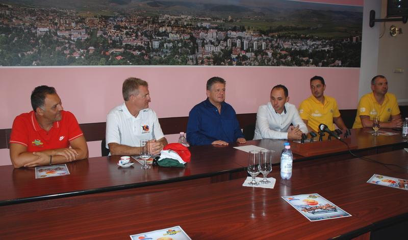 Vizualizati imaginile din articolul: Sperăm ca acest eveniment să devină o tradiție pentru Tîrgu Mureș!