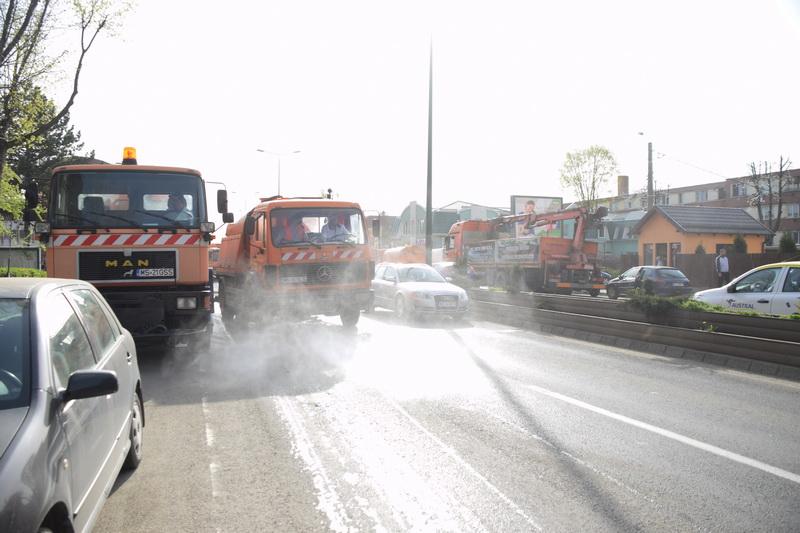 Vizualizati imaginile din articolul: Curățenia în oraș, prioritară pentru municipalitate