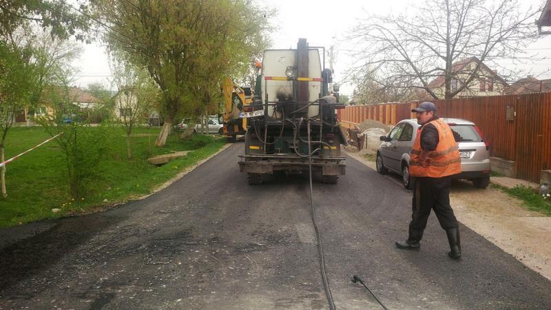 Vizualizati imaginile din articolul: Străzile Lucernei, Trifoiului, Gurghiului şi Inului din cartierul Unirii au fost asfaltate