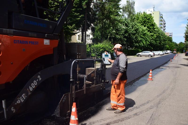 Vizualizati imaginile din articolul: Strada Koos Frencz din cartierul Dâmbu a fost asfaltată