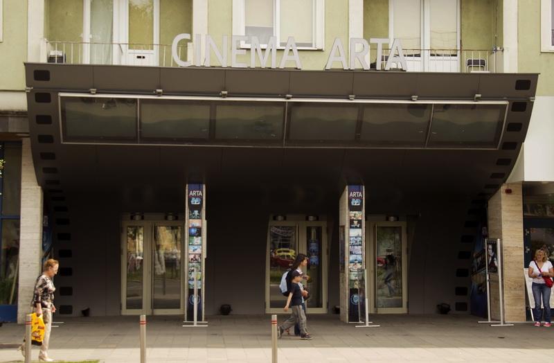 """Vizualizati imaginile din articolul: Festivalul Internaţional de Filme de Foarte Scurt Metraj """"Tres Court 2016 ' la Tîrgu Mureş! Oraşul nostru este reprezentat de regizorul Laszlo Jozsef"""