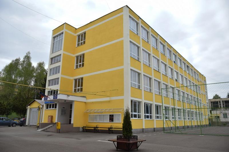 Vizualizati imaginile din articolul: Primăria Tîrgu Mureş – Investiţii în educaţie...
