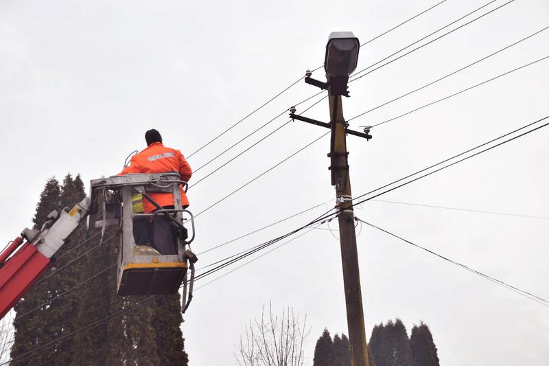 Vizualizati imaginile din articolul: Lucrări tehnice în municipiul Tîrgu Mureş
