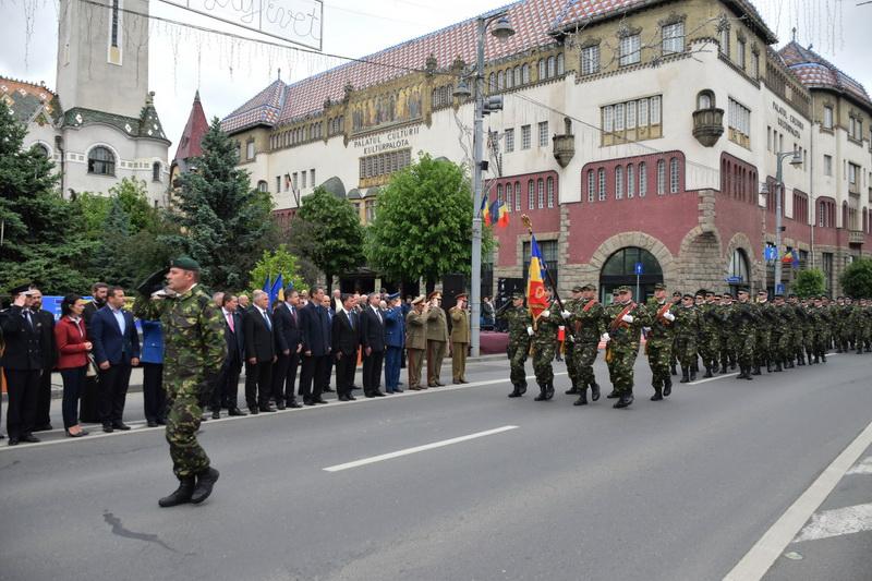 Vizualizati imaginile din articolul: Isten éltessen, Románia ! Isten éltessen, Európa!