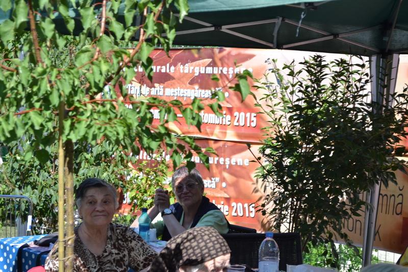Vizualizati imaginile din articolul: 31 august-Ziua mondială a servirii mesei în aer liber