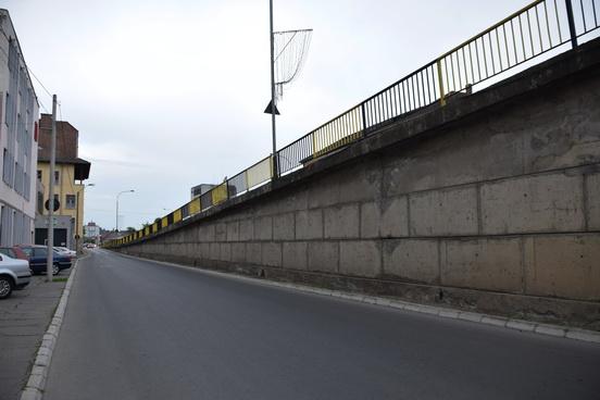 Vizualizati imaginile din articolul: Podul peste râul Mureș intră în reparație capitală!