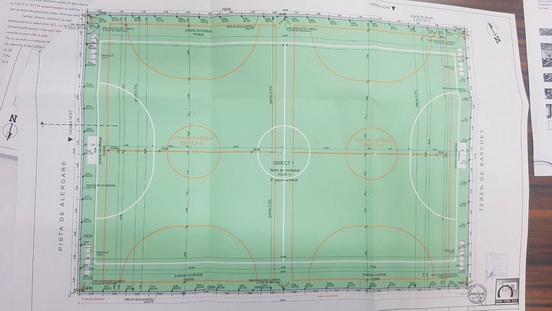 """Vizualizati imaginile din articolul: 3 terenuri de sport și o pistă de alergare la Liceul cu program sportiv """"Szasz Adalbert"""""""