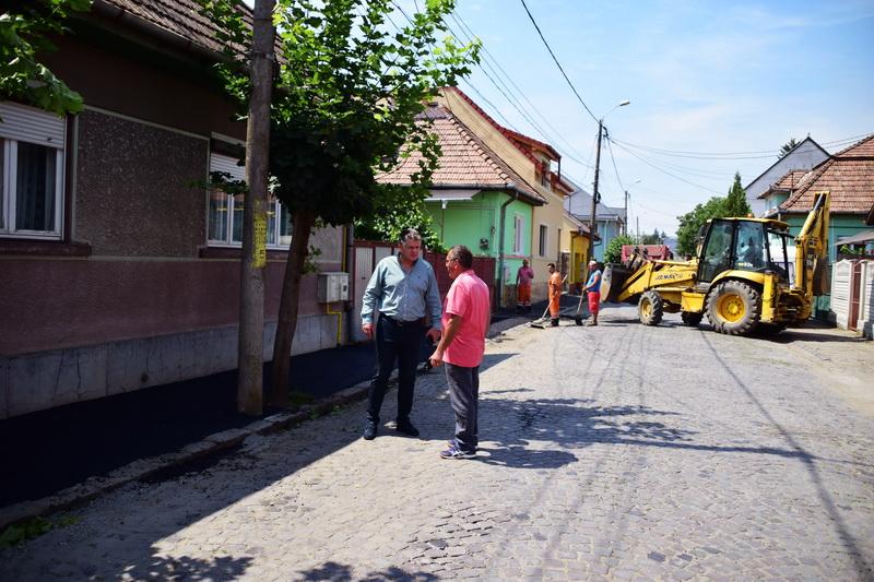 Vizualizati imaginile din articolul: Trotuare reabilitate pe strada Branului