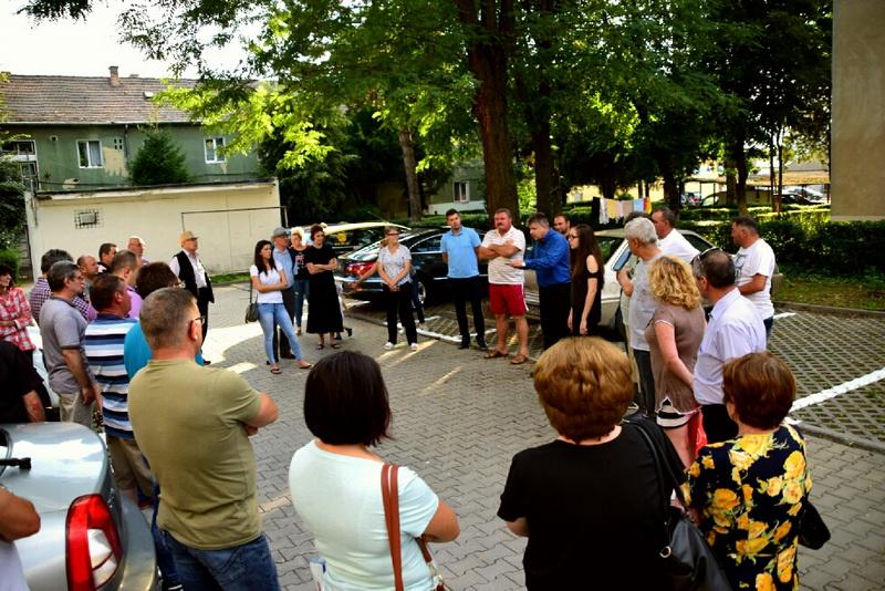 Vizualizati imaginile din articolul: Noi parcări ecologice în cartierul Mureşeni