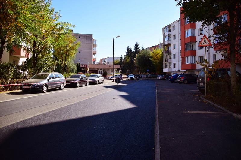 Vizualizati imaginile din articolul: Continuăm lucrările pe strada Sârguinţei !