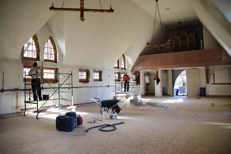 Vizualizati imaginile din articolul: Bani pentru biserici!