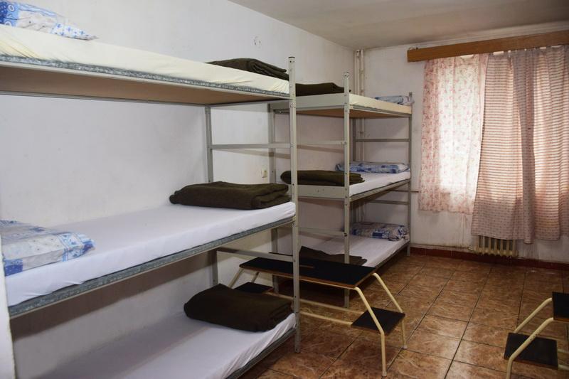 Vizualizati imaginile din articolul: Pentru cei mai nevoiaşi... Hrană, căldură şi adăpost la Azilul de noapte în  sezonul rece!