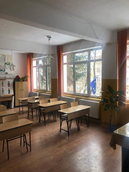 Vizualizati imaginile din articolul: Școala Gimnazială 'Nicolae Bălcescu', în straie de sărbătoare după vacanța de iarnă a elevilor