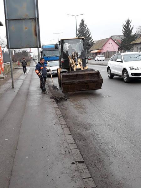 Vizualizati imaginile din articolul: Primăria Târgu Mureș pregătește străzile pentru primăvară