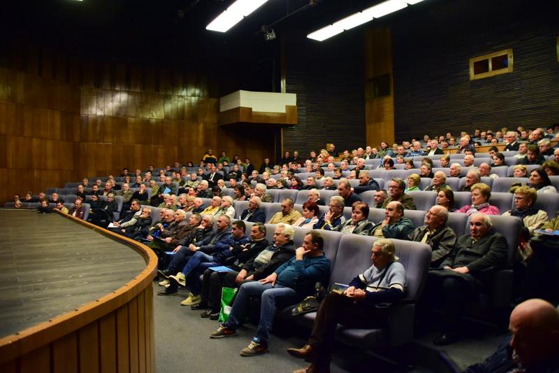 Vizualizati imaginile din articolul: Primarul Dorin Florea s-a întâlnit cu şefii asociaţiilor de proprietari!