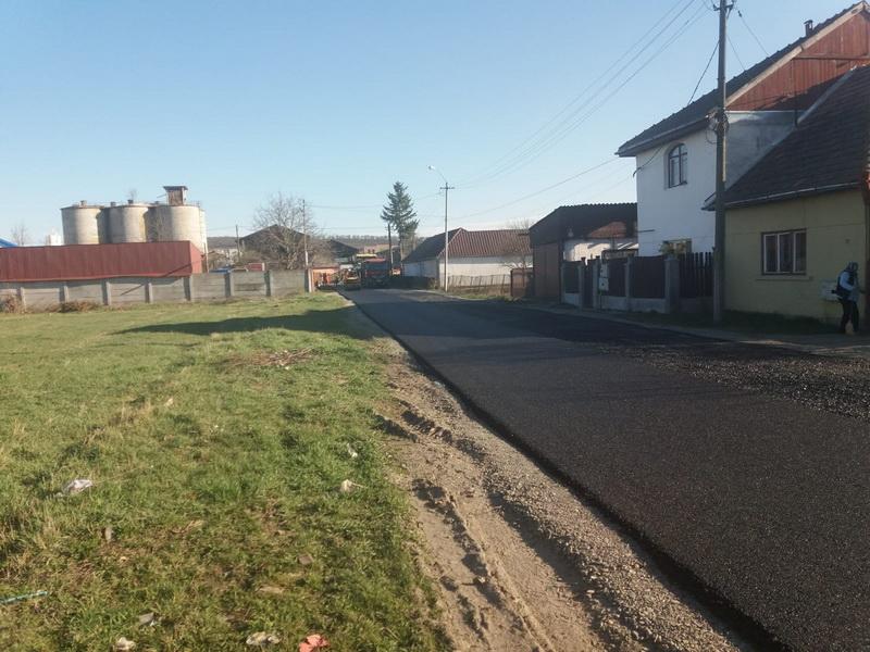 Vizualizati imaginile din articolul: Strada Albinei din Târgu Mureș, asfaltată