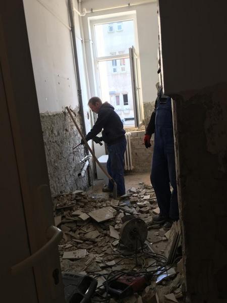Vizualizati imaginile din articolul: Lucrări în desfășurare la Școala Gimnazială 'Mihai Viteazu' din Târgu Mureș
