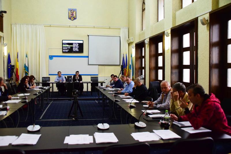 Vizualizati imaginile din articolul: Consilierii locali refuză din nou să voteze rectificarea bugetară!
