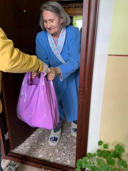 Vizualizati imaginile din articolul: Faptele bune nu se opresc la Târgu Mureș! Împreună ajutăm!