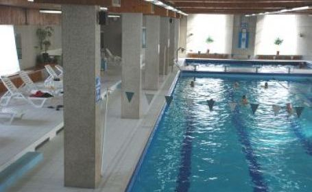 Vizualizati imaginile din articolul: Se  redeschide piscina!