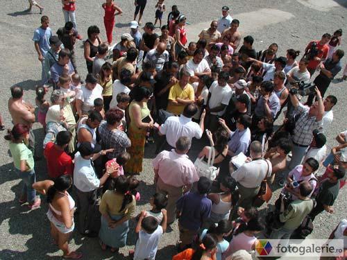 Vizualizati imaginile din articolul: Casă nouă în Rovinari!