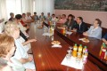 Pensionari din Kecskemet, la o discuţie amicală cu primarul municipiului