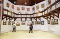 Festészeti és szobrászati kiállítás a Középkori Várban