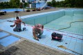 Intenzív munkálatok a víkendtelep nagy úszómedencéjének megnyitásáért